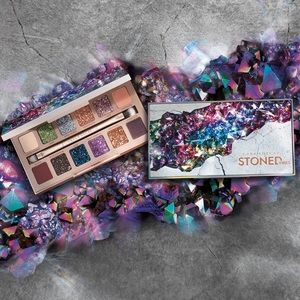 💥SALE! Stoned Vibes Eyeshadow Palette